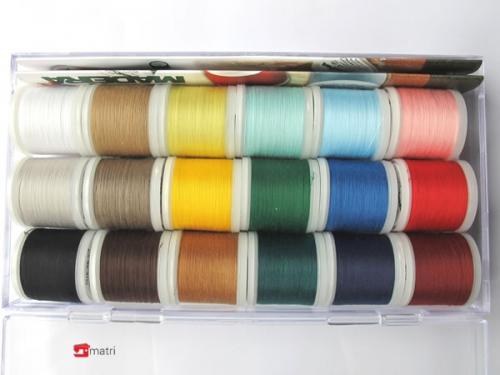 18 Farben Garnsortimente